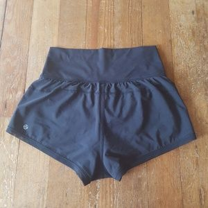 Black Lululemon running training shorts XS